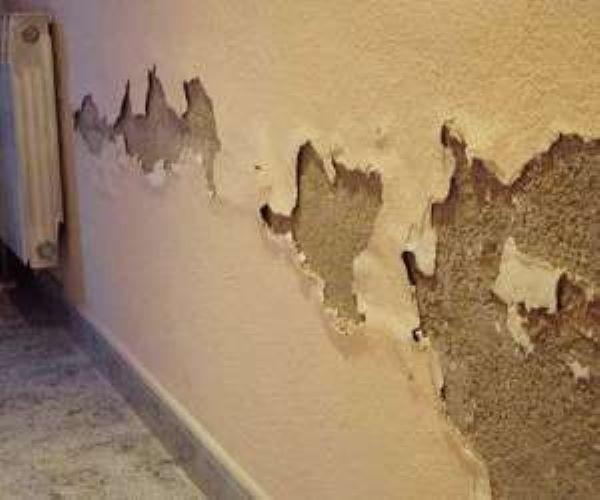 رفع نم و رطوبت دیوارهای خانه بدون تخریب با روش های ساده